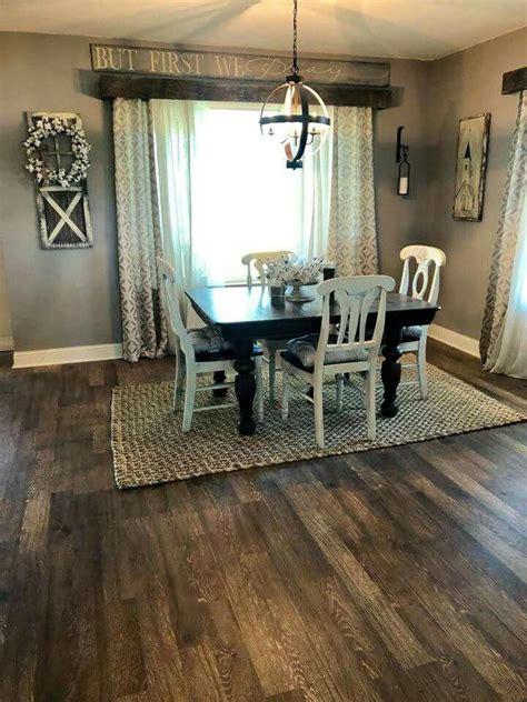 rug   small  light fixture