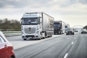 Mercedes Truck And A Trio Of Autonomous Mercedes Big Rigs Is Hitting The Road