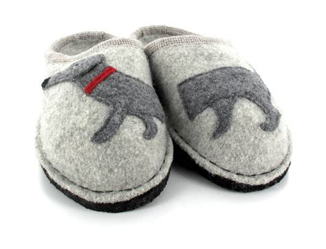 dog house slippers haflinger 174 dog slippers best house slippers