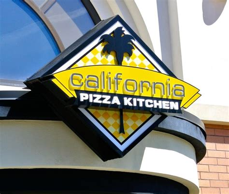 California Pizza Kitchen Oregon by California Pizza Kitchen Meyer Sign Co Of Oregon