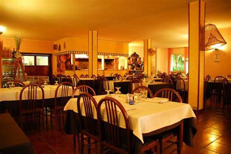 ristorante al camino ristorante park hotel al camino in sassari con cucina