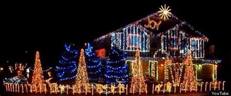 vid 201 os des maisons illumin 233 es pour les f 234 tes de fin d