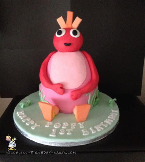 coolest birthday cakes coolest twirlywoos cake coolest birthday cakes