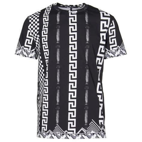 versus versace border pattern t shirt versus versace t shirts greek pattern tee in black