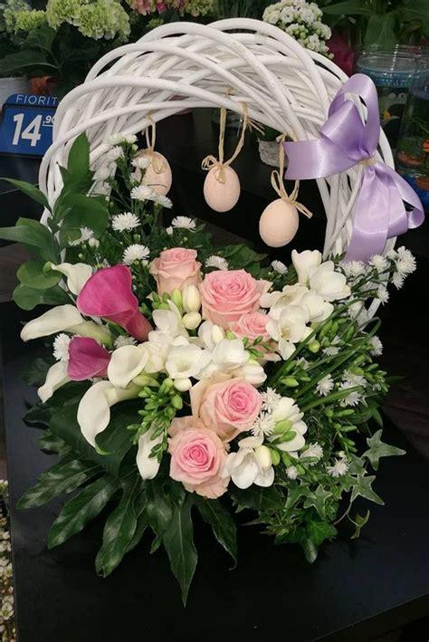 fiori per composizioni 17 migliori idee su composizioni floreali su