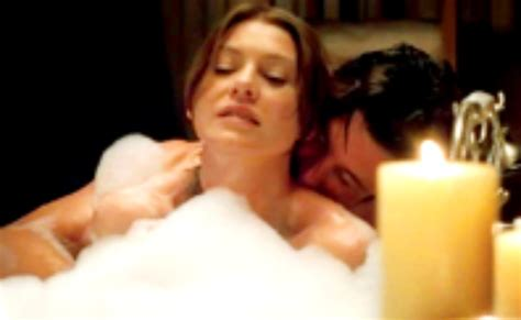 bathroom scene hot grey s anatomy meredith and derek hot bathroom scene
