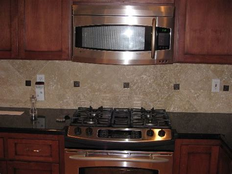 travertine tile kitchen backsplash 62 best tile backsplashes images on pinterest