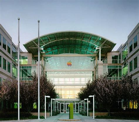 Mac Corporate Office by Original Rainbow Apple Hq Signs Up For Auction Bidding