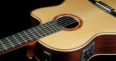 cara bermain gitar tingkat menengah main gitar harga gitar yamaha akustik dan spesifikasinya