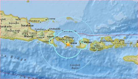 Earthquake Bali November 2017 | bali hit by m5 5 earthquake panic among residents