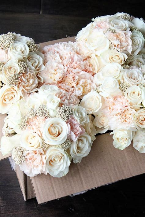 Pink Floral Wedding Angpao rice flower riceflower ivory roses lizzy carnations bridesmaid bouquet wedding