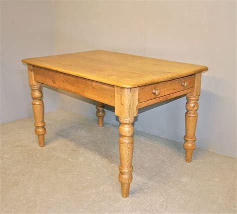 antique pine kitchen table pine kitchen table r3366 antiques atlas