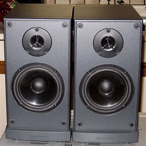 pair bookshelf speakers harman kardon by jbl festival 60