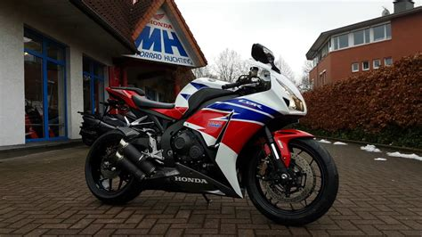 Auspuff Motorrad Honda by Honda Cbr 1000 Rr Fireblade Mit Bodis Auspuff Bei Motorrad