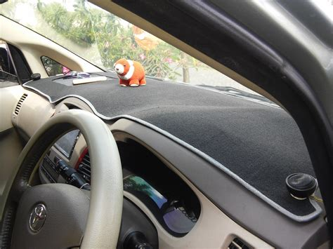 Karpet Dashboard Kijang jual cover dashboard kijang innova antislip pada airbag