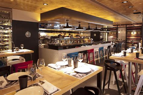 California Kitchen Hk by Vi Cool Restaurant Design Hong Kong By Concrete