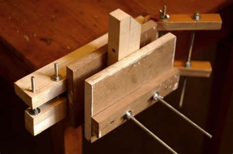 diy bench vise diy woodworking bench vise how to build diy woodworking