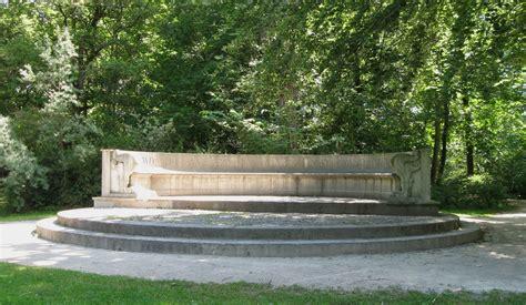 Englischer Garten München Wiki by Datei Steinerne Bank Englischer Garten Muenchen 1 Jpg