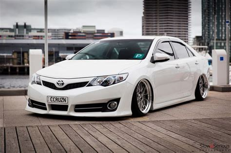 stanced toyota avalon slammed camry flickr photo toyota