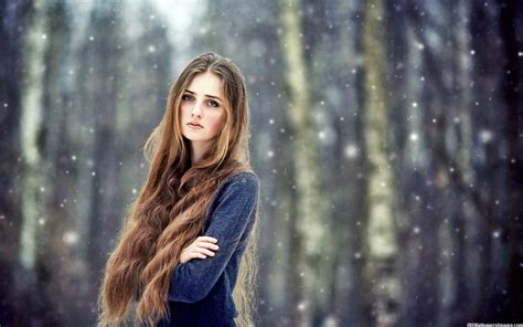 girl with brown hair in snow beautiful girl with long hair in snow images youth connect