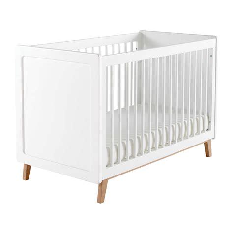 lit bebe en bois lit b 233 b 233 224 barreaux en bois blanc l 126 cm sweet maisons du monde