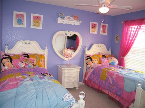 princess bedroom decor disney princesses themed bedroom princess room disney
