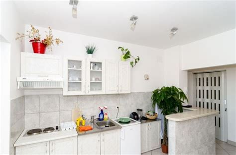 spacious 3 bedroom sleeps 8 dt mtl apartments for rent 3 bedroom spacious modern apartment vrbo