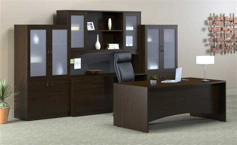 choosing most appropriate executive office furniture