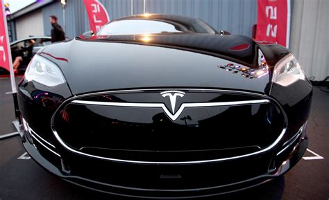 tesla model 3 electric car tesla model 3 electric vehicle pushed back to 2018 news