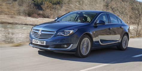 vauxhall insignia review carwow
