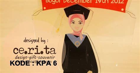 Boneka Wisuda Wanita kabowi produsen boneka wisuda plakat souvenir graduation