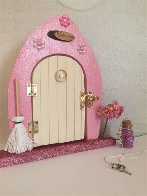 images  fairy doors  pinterest portal