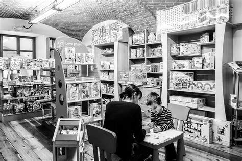 libreria volare pinerolo libreria per ragazzi pinerolo libreria specializzata per