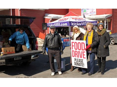 Brookfield Food Pantry brookfield food pantry receives donations brookfield ct