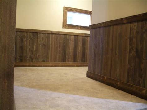 Outdoor Wainscoting Ideas Pallet Wainscoting Applications Garage Outdoor