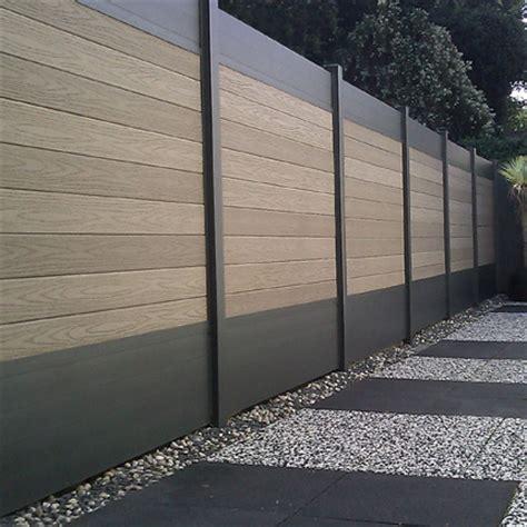 cloture jardin aluminium des cl 244 tures de jardin design pour d 233 limiter avec style travaux
