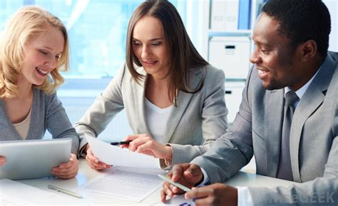 hr consultants human resources advisor answers thinkhr what does a technical advisor do with picture