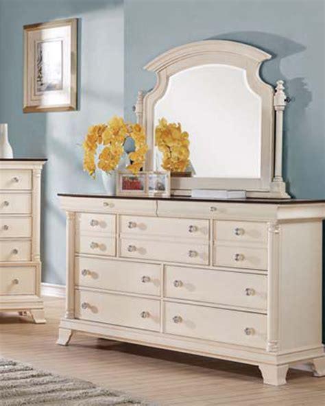 Dresser W Mirror by Acme Dresser W Mirror Tahira Ac24425dm