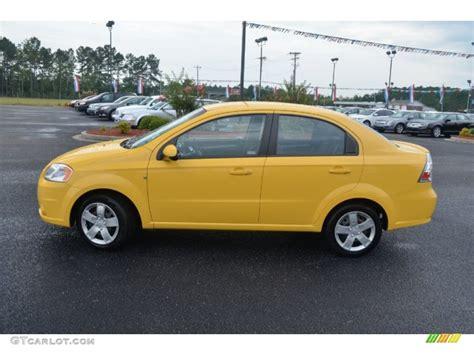 chevrolet aveo lt 2010 summer yellow 2010 chevrolet aveo lt sedan exterior photo