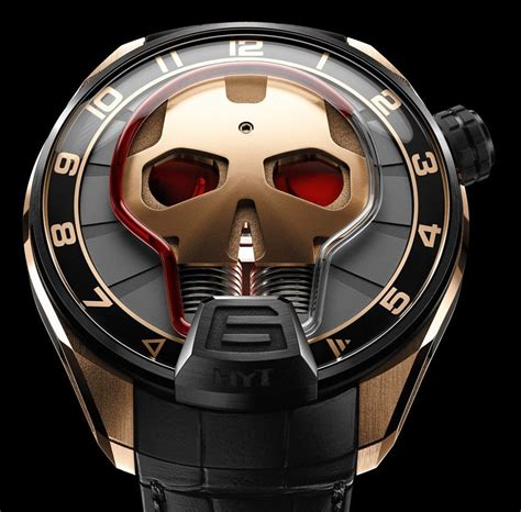 Skullring Ironman the limited edition hyt skull comes with a futuristic iron inspired