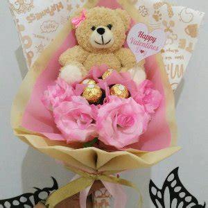 Buket Bunga Boneka 3 jual buket bunga boneka coklat wisuda di lapak boneka