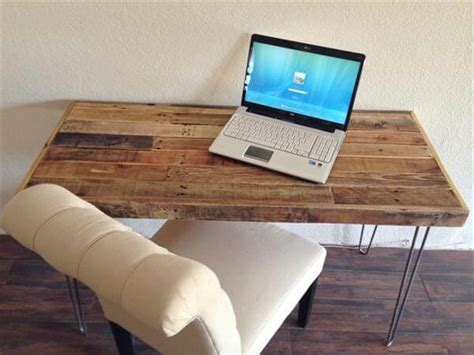 Multi Purpose Pallet Made Table Pallet Furniture Diy Low Cost Computer Desk