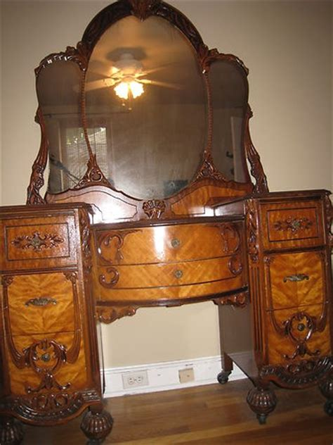 1920s Bedroom Furniture by Pin By Carol Whitman On Nouveau