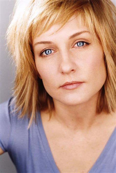 amy carlson hairstyle 2014 amy carlson leaving blue bloods newhairstylesformen2014 com