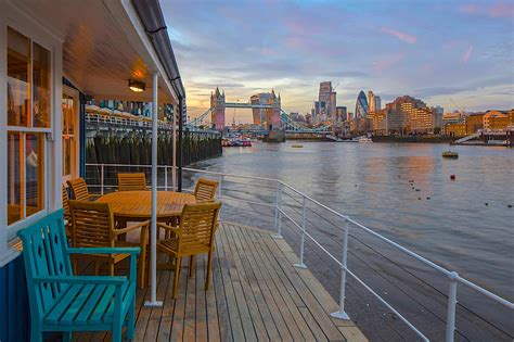 houseboat games the best london houseboats on airbnb the plum guide