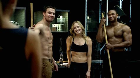 Ex Machina Cast caity lotz back for more action as white canary in