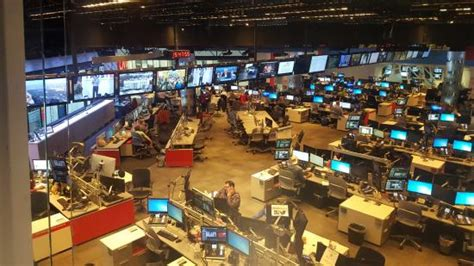 cnn tur interesting tour picture of cnn center inside cnn