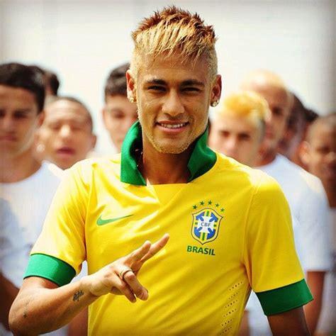 neymat blond neymar with blonde hair neymar pinterest