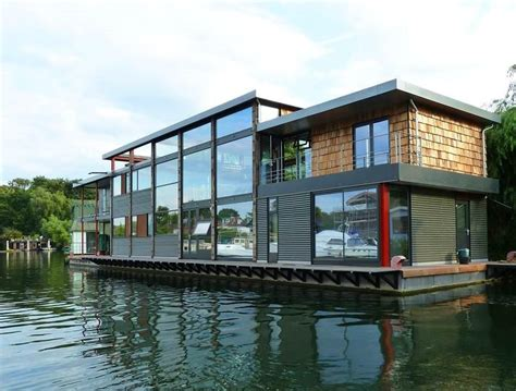 house boats for sale london 5 bedroom house boat for sale in taggs island hton tw12 tw12