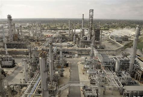 Resumes Online by Port Arthur Steam Cracker Now Processing Shale Gas Ethane